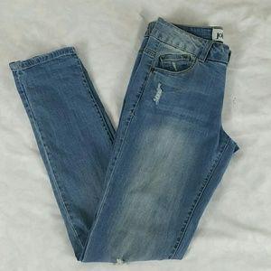 Womens Jolt Skinny Rip Jeans